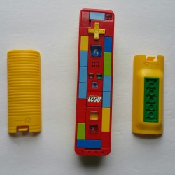 Nintendo Wii Remote Controller LEGO w/ Lego Battery Cover
